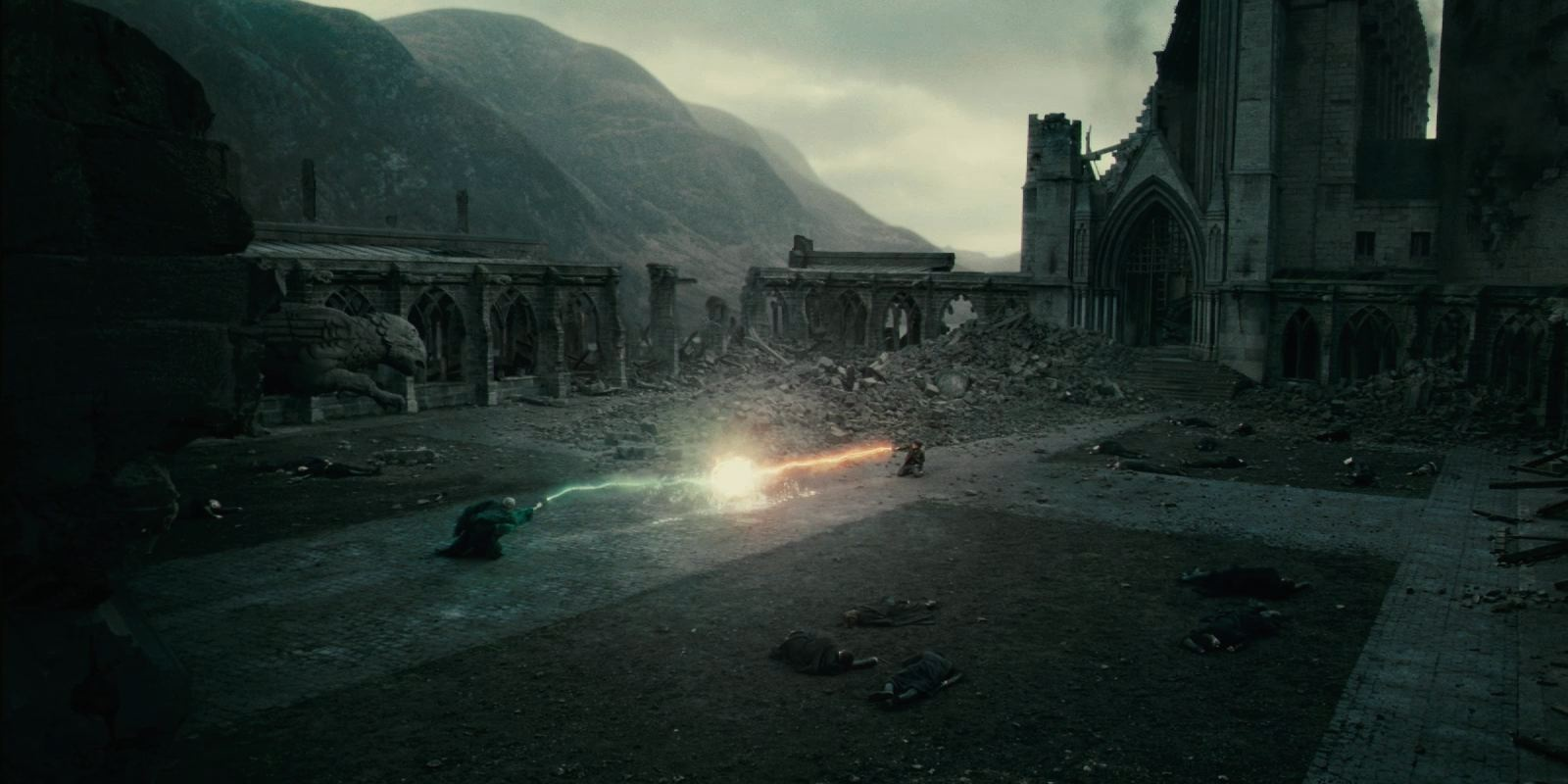 3. Harry Potter Vs. Lord Voldemort -Harry Potter And The Deathly Hallows Part 2 Cropped